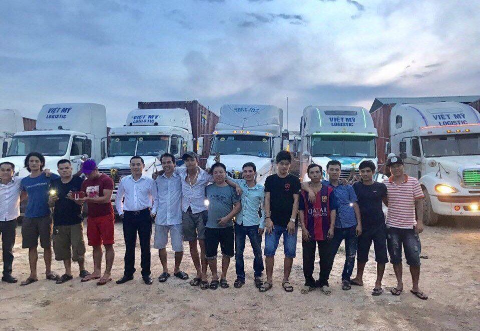 dịch vụ vận chuyển container Vietmylogistic